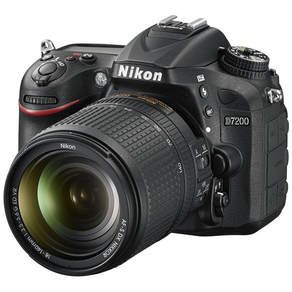 Фотоаппарат зеркальный Nikon D7200 18-140VR Kit