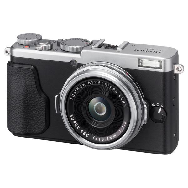 Фотоаппарат компактный премиум Fujifilm