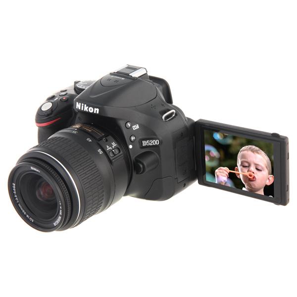 ����������� ���������� Nikon D5200 18-55 II Kit