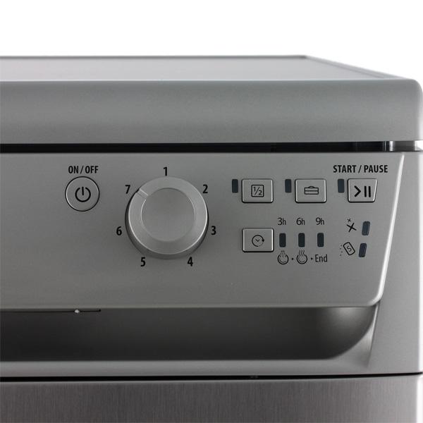 Купить Посудомоечная машина (45 см) Hotpoint-Ariston ADLK 70 X недорого