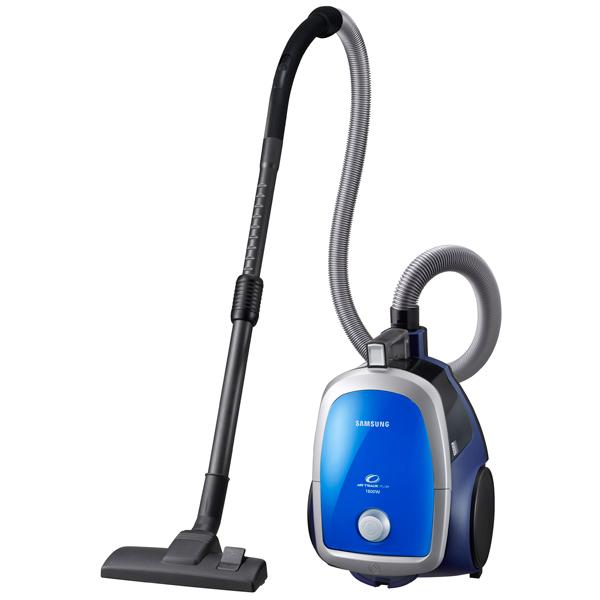 Пылесос с контейнером для пыли SamsungПылесос с контейнером для пыли<br>Гарантия: 1 год,<br>Страна: Вьетнам,<br>Вес: 5.9 кг,<br>Цвет: голубой,<br>Радиус действия: 9.2 м,<br>Тип управления: механический,<br>Вид гарантии: гарантийный талон,<br>Уровень шума: 83 дБ,<br>Макс. мощность всасывания: 360 Вт,<br>Вертикальная парковка: Да,<br>Длина сетевого шнура: 6 м,<br>Авт. сматывание шнура: Да,<br>Выходной фильтр: микрофильтр,<br>Горизонтальная парковка: Да,<br>Насадка щелевая : Да,<br>Серия: SC4740,<br>Потребляемая мощность: 1800 Вт,<br>Плавный запуск двигателя: Да,<br>Насадка-щетка: Да,<br>Тип трубки: телескопическая<br>