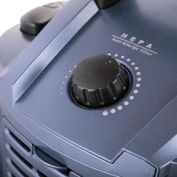 Купить Пылесос с водяным фильтром Shivaki SVC-1747B недорого