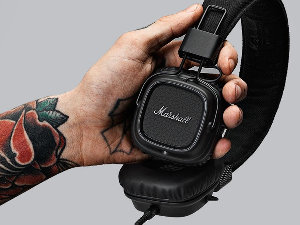 http://www.allfordj.ru/upload/iblock/885/marshall_major_ii_black_3.jpg
