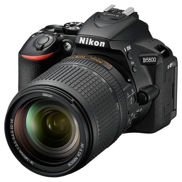 Фотоаппарат зеркальный Nikon D5600 + AF-S 18-140 VR цифровая фотокамера nikon d5600 kit 18 55 af p dx g vr vba500k001