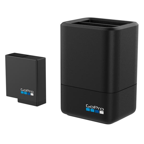 Аксессуар для экшн камер GoPro ЗУ для двух аккумуляторных батарей (AADBD-001-RU) аксессуар для экшн камер gopro автомобильное зарядное устройство acarc 001