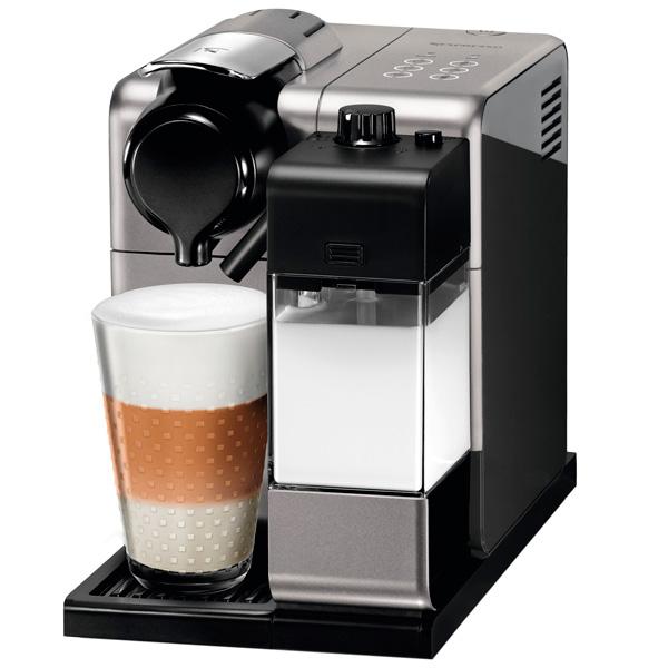 Кофемашина капсульного типа Nespresso De Longhi EN550.S электрочайник de longhi kbi2000 bk