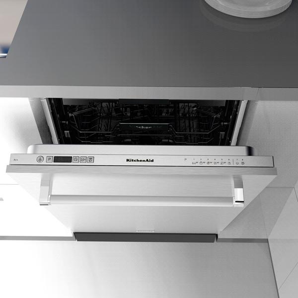 Встраиваемая посудомоечная машина 60 см KitchenAid KDSCM 82100
