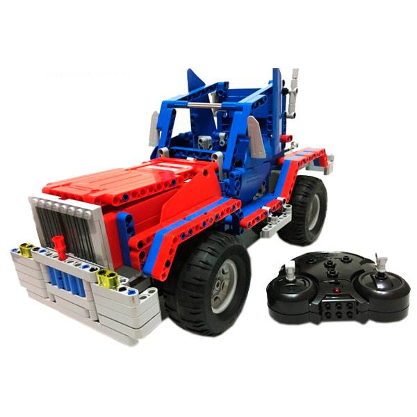 Радиоуправляемая модель-конструктор Double Eagle Конструктор CaDA Technic Convoy Truck (RC49602) pilotage конструктор cada technic dump truck