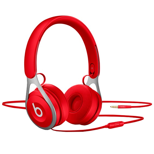 Наушники накладные Beats EP On-Ear Headphones Red (ML9C2ZE/A) наушники накладные beats ep on ear headphones red ml9c2ze a