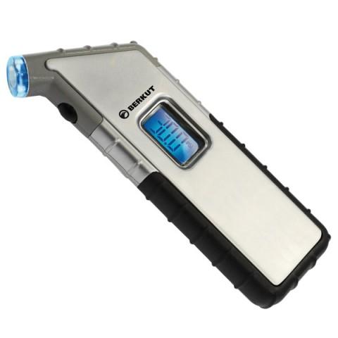 Купить автомобильный манометр Berkut Digital 4х4 (10012818D) в Москве, в Спб и в России